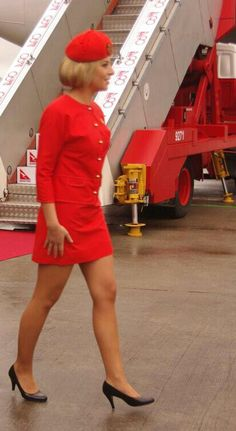 Classic Qantas Uniform 'Shes Got Legs'