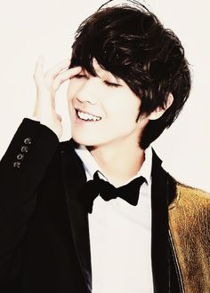 Oh my god I just want Lee Joon wrapped in a bow and delivered to my house