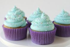 American Buttercream Frosting! (recipe)#blue #pastel #frosting #American #cupcake #buttercream