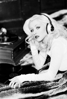 Christina Aguilera. This woman is my idol and inspiration when it comes to music.