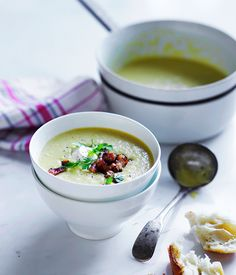 This super-smooth and velvety spring corn and bacon soup is a fresh and light soup perfect for a windy spring day.