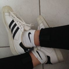 best sneakers 50444 fbe45 tongue surfer Nike Shoes Outlet, Sock Shoes, Cute Shoes, Me Too Shoes,
