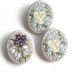 #バラ #刺繍 #broach #embroidery  刺繍とは関係なく暑い夏ですね〜。