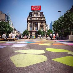 The sun is back in town! Perfect time go out and enjoy Brussels new pedestrian zone! Pic by @didierwauters