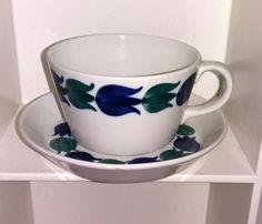 Arabia BIRCA-teekuppi Raija Uosikkinen Kitchenware, Tableware, Coffeecup, Scandinavian Style, Cutlery, Metallica, Finland, Tea Cups, Oriental
