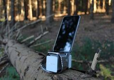 MOVE! Ultra Portable Wireless Charging Station for Apple Watch and iPhone