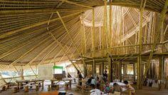 The Green School. A Bali. La più bella scuola del mondo. Privata. Facciamone di migliori e pubbliche!