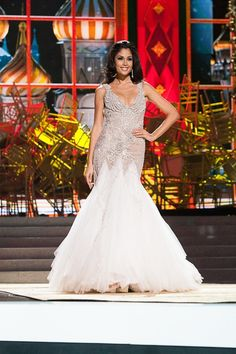 Patricia Yurena Rodríguez, Miss Spain at Evening Gown Competition.