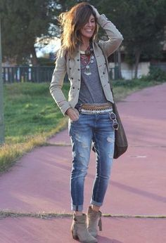 Look by @leysteff with #mango #zara #ankleboots #jeans #forever21 #jackets #tshirts.