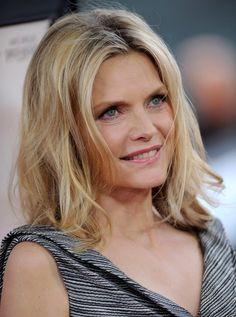 Michelle Pfeiffer's Medium Wavy Cut - Haute Hairstyles for Women Over 50 - StyleBistro
