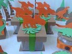 Caixa acrílica dinossauro em pé
