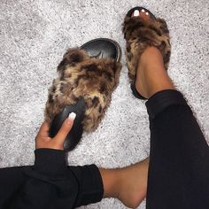 """🐥 & 👻 : @shopofficialbee on Instagram: """"NEW Leslie Slides online now babes ♥️ link in bio <3 www.shopofficialbee.com  Use code """" surprise20 """" @ checkout for 20% off 💕"""" Cute Slides, 20 Off, Coding, Instagram, Nails, Link, Shoes, Fashion, Finger Nails"""