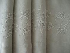 59 Best Linen Images Linens Embroidery Fidget Quilt