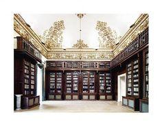 Candida Höfer, Biblioteca Nazionale Napoli III