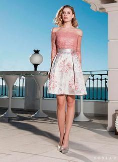 bec15b40e Conjunto falda y blusa encaje de la nueva colección 2019 de Sonia Peña  disponible en BlissOnline