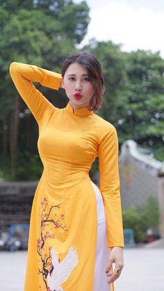 Beautiful Girl Indian, Most Beautiful Indian Actress, Asian Style Dress, Myanmar Women, Arab Girls Hijab, Femmes Les Plus Sexy, Stylish Girls Photos, Ao Dai, Sexy Asian Girls