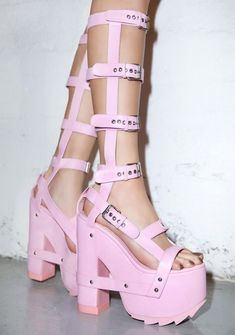 Dr Shoes, Goth Shoes, Hype Shoes, Crazy Shoes, Me Too Shoes, Shoes Heels, Shoes Sneakers, Platform High Heels, Platform Boots
