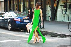 Hanneli Mustaparta -- Wearing the Alexander Wang Fabiana sandals. Ny Fashion Week, Diy Fashion, Ideias Fashion, Womens Fashion, Style Fashion, Simply Fashion, Vogue Fashion, Petite Fashion, Milan Fashion