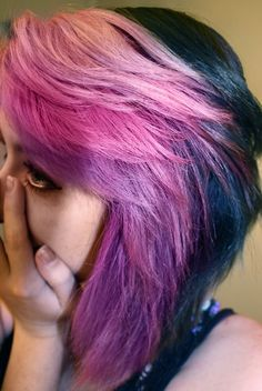 pink and black hair! I really like this!!