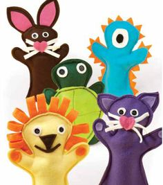 Idea for cute hand puppets made of fleece. Felt Puppets, Felt Finger Puppets, Hand Puppets, Sewing For Kids, Baby Sewing, Diy For Kids, Marionette, Felt Crafts, Kids Crafts