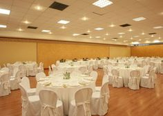 This is an elegant and prestigious multi-purpose hall measuring 400 sq.m. that can be set up as a restaurant, representation area, VIP lounge