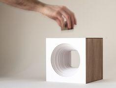 Panta Rei Light Cube-hand
