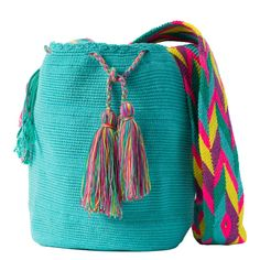 comprar bolso wayuu en madrid, wayuu, croche, bolsos hecho a mano, producto artesanal, bolsos tribales, tribalchic, tribal, bolso artesanal, bolso wayuu, bolsos wayuu, algodon, colombia, bolsos, hecho a mano Diy Crochet, Crochet Bikini, Crochet Bags, Linen Bag, Tapestry Crochet, Trendy Accessories, Hippie Outfits, Handmade Design, Everyday Outfits