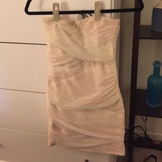 White strapless topshop dress White strapless meshy dress with a light pink under layer. Size eur 36 us 4 Topshop Dresses Mini