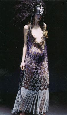 Alexander McQueen F/W 2001