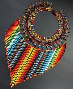 Want to buy this African Accessories, African Jewelry, African Beads, Bead Loom Patterns, Beaded Jewelry Patterns, Beading Patterns, Free Beading Tutorials, Beading Projects, Beaded Collar