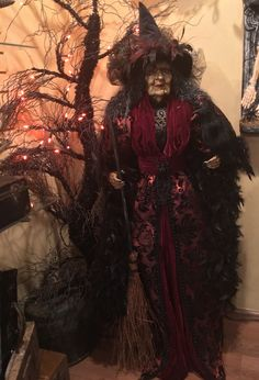 Greet guests at your door with this spooktacular statement piece, Jadis Witch for a fun-filled night of hocus pocus. Ghouls and goblins big and small will be mesmerized by this tall witch. Halloween Signs, Fall Halloween, Halloween Decorations, Halloween Costumes, Halloween Witches, Halloween Ideas, Halloween 2018, Halloween Crafts, Steampunk Witch