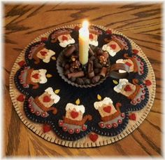 Prim Candles - Wool Applique Candle Mat