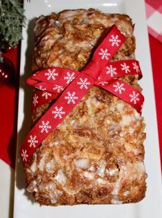 Bread Recipes - Amish Apple Fritter Bread - Welcome back, mate! Now I want to share fully smashing Bread Recipes that my roomate really love it! >> You Must Click Pin To Learn Specific Information >> We are hope you enjoy it Bread Baking Apple Fritter Bread, Apple Bread, Apple Fritter Recipes, Apple Cinnamon Bread, Amish Banana Bread Recipe, Apple Baking Recipes, Baked Apple Fritters, Apple Loaf, Köstliche Desserts
