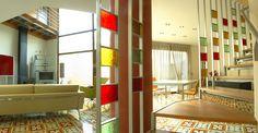 Color, luz, espacio, formas, una vivienda que no le falta de nada!