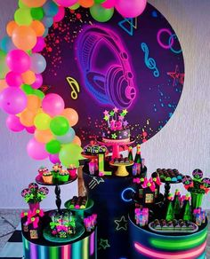 Birthday Party For Teens, Kids Party Themes, 12th Birthday, Birthday Cake, Troll Party, Neon Party, Neon Glow, Ideas Para Fiestas, Slumber Parties