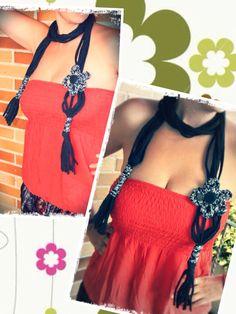 Collar de trapillo con flor de ganchillo. Modelo R www.prispicollection.blogspot.com
