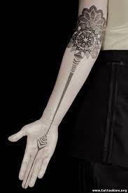 Картинки по запросу эскизы тату орнамент на всю руку