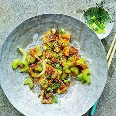 Scandinavian Multi-Seed Crispbread Recipe with A Fragrant Twist - food to glow Side Dish Recipes, Easy Recipes, Side Dishes, Easy Meals, Crispbread Recipe, Low Fiber Diet, Twisted Recipes, Parmesan Recipes