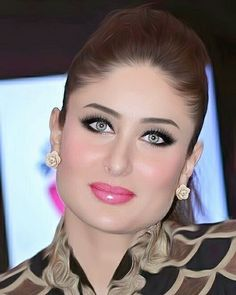 Geenali - T-Shirts, Hoodies and More. Bollywood Stars, Bollywood Girls, Bollywood Fashion, Beautiful Girl Indian, Most Beautiful Indian Actress, Beautiful Eyes, Beautiful Women, Indian Celebrities, Bollywood Celebrities