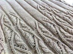 ~ Izumi's Knitting Notes ~  She has a lovely blog.  It's in Japanese and English and has many patterns.