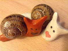 Beautiful pair of clay snails representing everlasting love. 7 pairs available If more needed, can be made to order :) Love Birds, Trending Outfits, Friends, Unique Jewelry, Handmade Gifts, Animals, Etsy, Vintage, Amigos