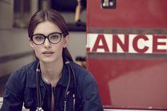 Occhiali da vista donna WE5143 5400. Dalla forma a gatto, si contraddistingue per l'abbinamento del frontale in acetato alla nuova asta in metallo. #glasses #womenglasses #SS15