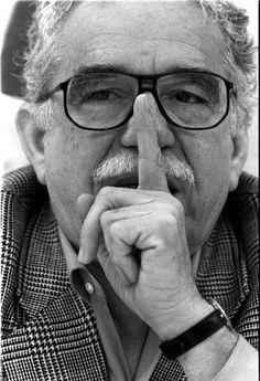 Gabriel García Márquez RIP. Murió el, 04/17/14, a la edad de 87 en la ciudad de México. Ganador del Premio Pulitzer, un maravilloso y hermoso escritor. Gracias por su legado Gabito!