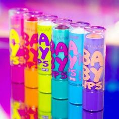 Baby Lips Moisturizing Lip Balm by Maybelline. Protect and moisturize lips for a full 8 hours while achieving healthy and smooth lips in just one week. Baby Lips Maybelline, Lipgloss, Lipsticks, Maybelline Tattoo, Maybelline Eyeshadow, Lip Background, Lips Sketch, Lips Painting, Lip Wallpaper