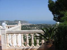 Moraira Villa Rentals in Spain | 5 bedroom holiday villa in Moraira #spain #holiday