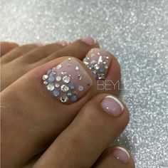 Zehennageldesign Don't Build A House Without Bathtubs Article Body: As an architect, of course I hav Pretty Toe Nails, Cute Toe Nails, Fancy Nails, Gorgeous Nails, Fabulous Nails, My Nails, Toe Nail Color, Toe Nail Art, Nail Colors