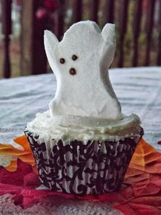 Chocolate Halloween Cupcakes featuring Peeps Marshmallows – Living The Gourmet