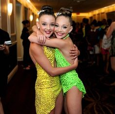 Maddie and Kendall aka brunette Twinnies aka bros