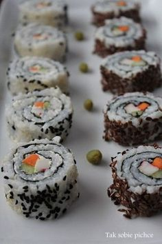 Sushi, Muffin, Food And Drink, Healthy Eating, Breakfast, Ethnic Recipes, Morning Coffee, Muffins, Eating Healthy