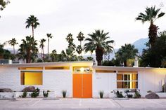 Among the usual roster of envy-inducing home tours and poolside cocktail parties at Palm Springs Modernism Week, a number of other exciting launches and openings were also in the mix this year. The arrival of the new Palm Springs Art Museum Architectur. Palm Springs Hotels, Style Palm Springs, Palm Springs California, California Travel, Architecture Design, California Architecture, Architecture Wallpaper, Meme Design, Orange Door